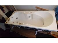 Jacuzzi bath for SALE