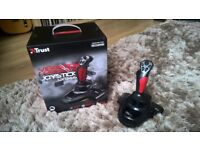 Trust GXT 555 Predator Joystick With Vibration Feedback and 12 Programmable buttons