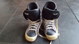 Snowboard boots size 11 mens