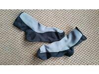 Large neoprene Palm Index socks