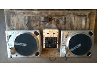 Numark TT1610 Turntable PAIR great condition with needles and numark iM1 mixer
