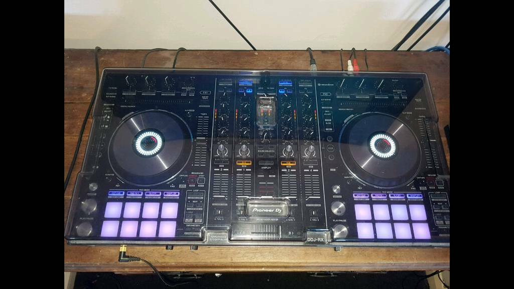 DDJ-RX pioneer dj controller, Rekordbox, boxed, dust cover, excellent  condition  Price drop | in Cheshunt, Hertfordshire | Gumtree