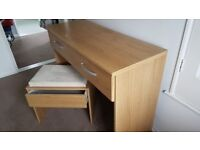 Desk with two drawers Solid suede stool with drawer