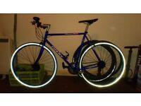 Giant Peloton flat bar road bike 56cm