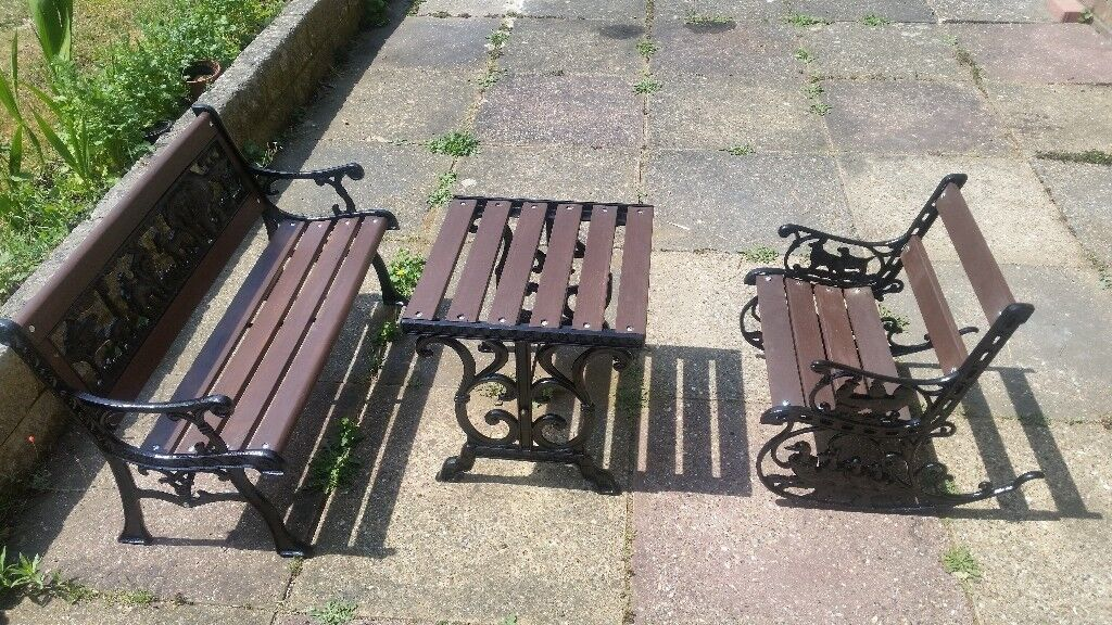 Childrens Lovely Refurbished Antique Cast Iron Garden Furniture Table And Chairs
