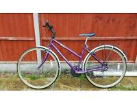 Great womens 26inch raleigh hybrid mountain bike in good condition all fully working