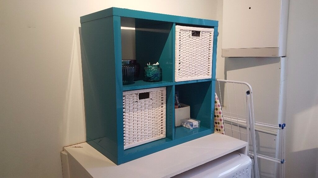 ikea kallax high gloss turquoise shelving unit with 2x. Black Bedroom Furniture Sets. Home Design Ideas