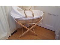 Natural straw moses basket with stand, mattress and white linens