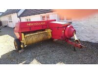 New Holland 370 Square Baler