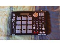AKAI MPC 500 MIDI DRUM MACHINE (128MB EXPANDED MEMORY)