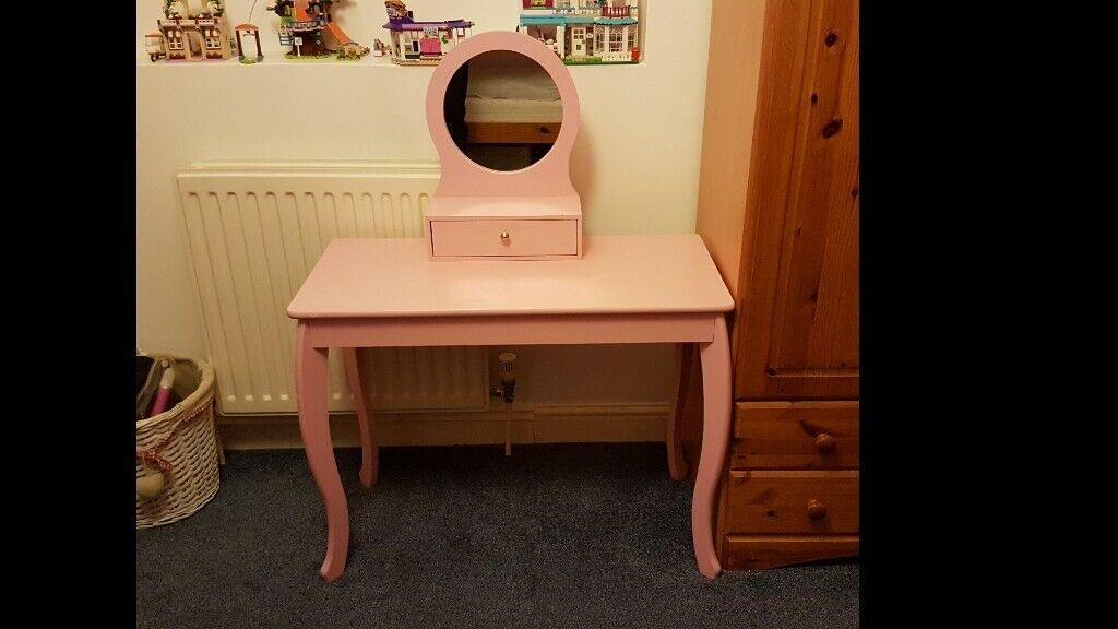 online store 088bb 62a68 Girls pink dressing table £10 with mirror and drawer suit 5 - 10 years  painted wood | in Didcot, Oxfordshire | Gumtree