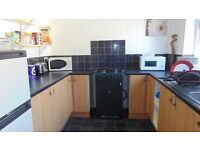 FOUR BED STUDENT HOUSE FRATTON £1100 PCM SEPTEMBER MOVE IN