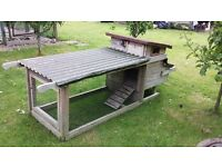 CHICKEN COOP/HOUSE