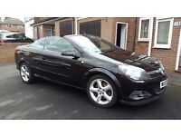 Astra Twin Top... Good clean car... Good in winter aswell as summer