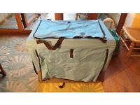 Portable pop up dog crate