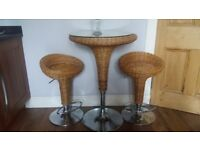 Barista Bar Table and Stools in perfect condition