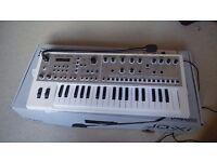 Roland JDXI Synthesizer (Limited Edition White) (Like New)