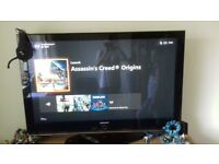 Samsung TV, 55inch, perfect working, wit h stand, good condition, only little damage on stand.