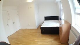 Modern Studio Flat To Rent Located on Top Floor Private Building on Roman Road E3