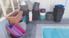 Good selection of large/medium/small planters