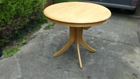 Dining Room Table Extendable, never used