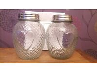 2 x heart design glass jars