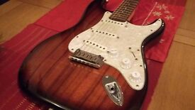 Fender Stratocaster (Limited Edition Koa) 2006