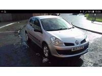 2008 57 renault clio 1,2 tom tom great condition cheap to run and insure