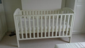 Cot for sale, very good condition