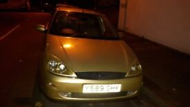 Ford focus ghia £250.00 open to offers