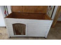 Wooden Dog Kennel/Hutch