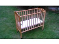 Cot bed . Lovely bambino cotbed