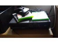 Xbox One hardly used in perfect condition