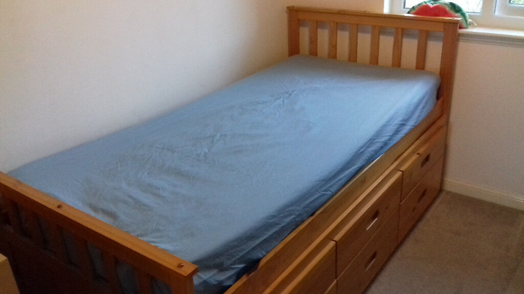 Captain bed (single bed) for children