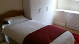 Rooms to rent BS5 on main bus route - no deposit required