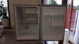 Fridge / Freezer Counter Top, Dimensions Width 42cm, Depth 50cm, Height 61cm, Good Condition