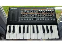 Roland JP-08 Jupiter 8 Boutique Synthesizer + K25m Keyboard