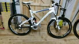 "Lapierre x control mountain bike large frame 26"" wheel"