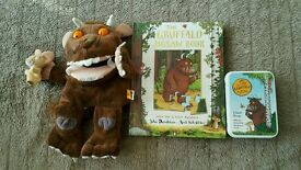 The Gruffalo Hand puppet, jigsaw/story book & giant snap cards