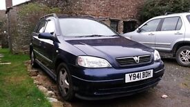 Astra Estate Diesel 01, running but selling as spairs or repairs. Mot'ed until August