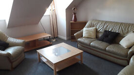 **NEWLY AVAILABLE* 2 Bedroom Flat (partly furnished) High Street, BRECHIN