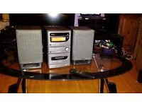 Denon D-B3 Personal Audio System/Micro Component System excellent sound and condition