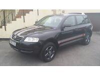 2005 / 55 PLATE Volkswagen Touareg 2.5 TDI 5dr SEMI AUTO A REAL HEAD TURNER...