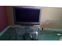 """32"""" LCD TV SONY BRAVIA and stand"""