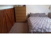 VERY SPACIOUS LOFTROOM TO LET