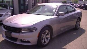 2015 Dodge Charger SXT WITH U-CONNECT 8.4 & HEATED SEATS