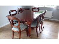 Mahogany Dining Room Table & Chairs (Replica Victorian)