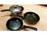 Set of 3 pans
