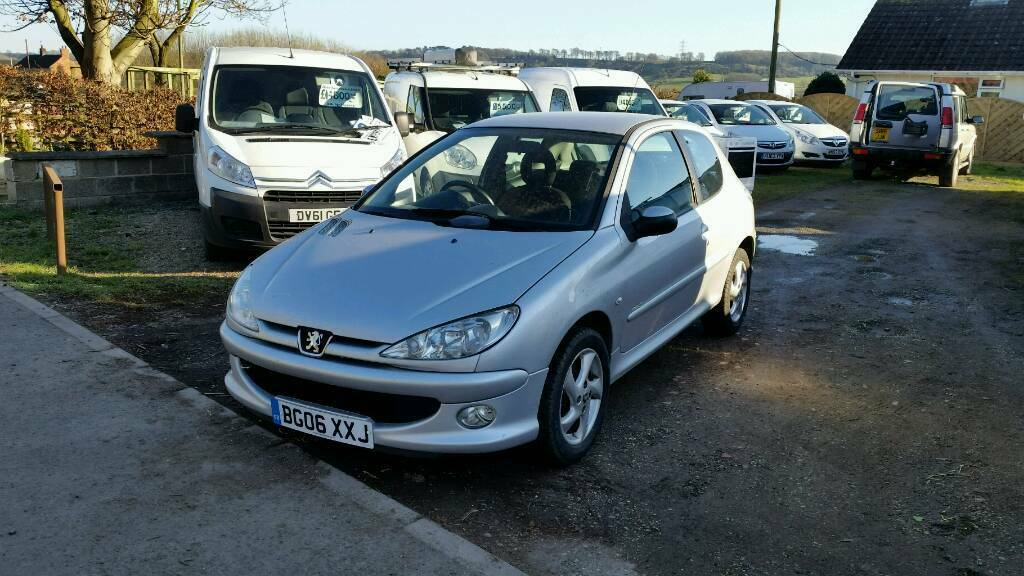 2006 peugeot 206 1 6 hdi sport turbo diesel 3 door hatchback in melton mowbray leicestershire. Black Bedroom Furniture Sets. Home Design Ideas