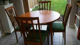 Extending Hardwood Dining Table & Chairs